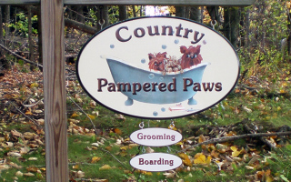 Country Pampered Paws Sign